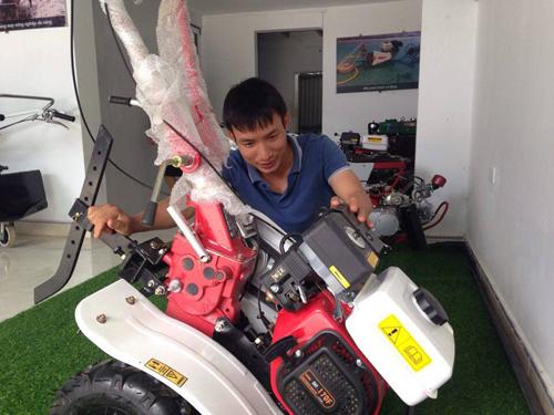 Sản phẩm máy nông nghiệp đa năng sản xuất tại xưởng cơ khí của anh Tạ Đình Huy